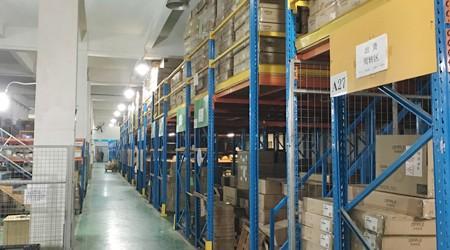 天干物燥,使用惠州阁楼式仓储货架一定要注意消防安全【易达货架】