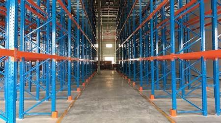 深圳大型仓库货架如何确保使用安全无事故