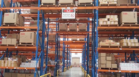 仓库的重型货架怎么摆放存储率更高?