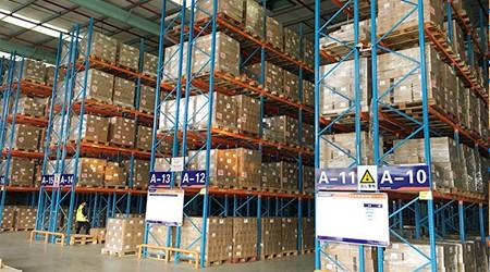 仓储货架厂家教你提高仓库工作效率的五条途径