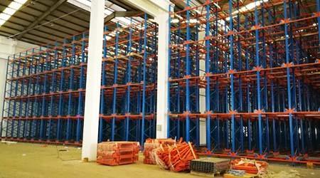 专业立体仓库货架生产厂家四向穿梭车货架项目安装【易达货架】