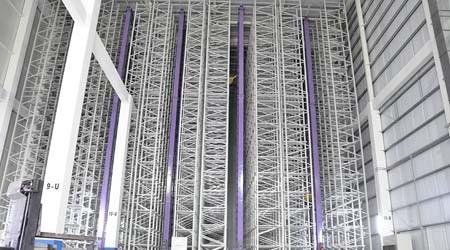 小小的底角能否支撑起20多米高的自动化仓储式货架