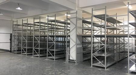 东莞仓库货架生产厂家阁楼货架安装5大注意事项
