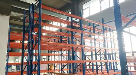 易达中山重型仓储货架客户博智林进入安装阶段