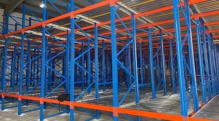 南宁重型仓储货架重力式货架用于什么物流环境?【易达货架】