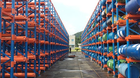 桶装润滑油用哪种塘厦工厂货架存储?【易达货架】