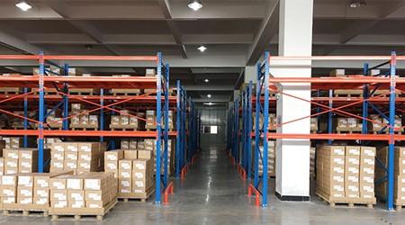 东莞仓库货架可以租赁来存储货物吗?