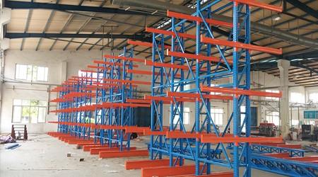 珠海悬臂货架公司伸缩悬臂货架和普通悬臂货架的区别【易达货架】