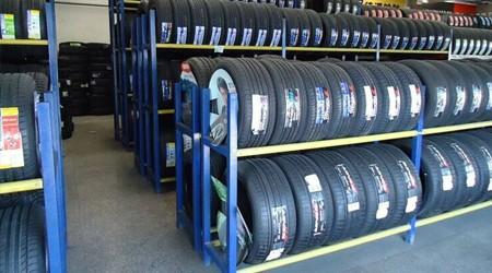 仓储货架重型定制厂家轮胎货架结构是怎样的? [易达货架]