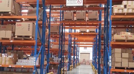 惠州仓储货架定做会给企业带来哪些效益?[易达货架]