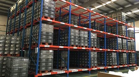 中山仓储货架生产厂家哪些类型的仓库货架有先进先出功能