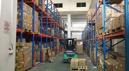 冷库货架和普通仓储货架的本质区别