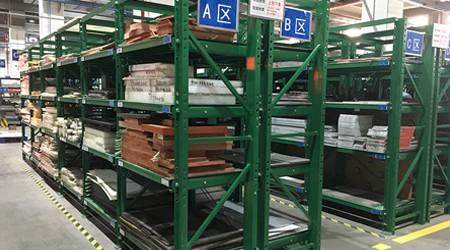 易达东莞重型货架公司对采购模具货架的客户进行回访 [易达货架]