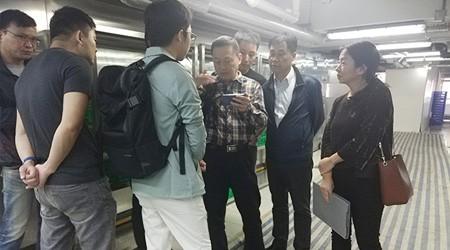易达广州货架厂工程师到香港客户仓库参观测量