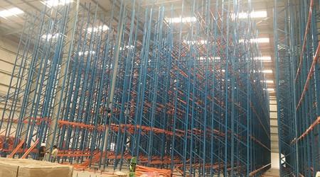 定制东莞仓库货架生产厂家库房货架要考虑这几点因素