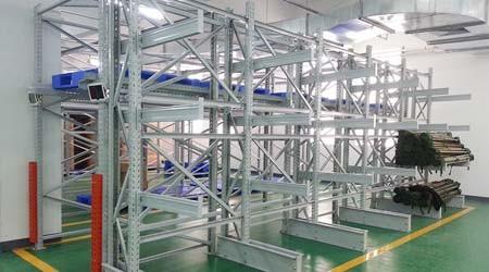 悬臂板材重型货架的材料及结构,看完采购思路更清晰