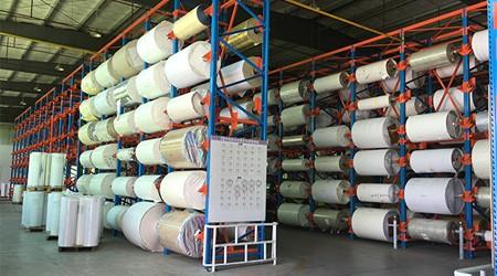 找重型货架厂定制卷料放料架需要注意这些问题