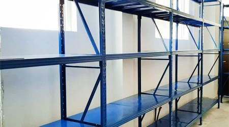 祝贺希腊客户采购的广州仓储货架顺利安装使用
