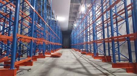 冷库环境对冷库用直通式货架的要求【易达货架】