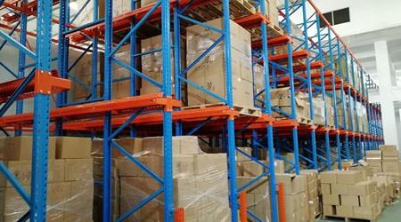 肇庆仓储货架厂家建议化工类产品使用这些仓库货架
