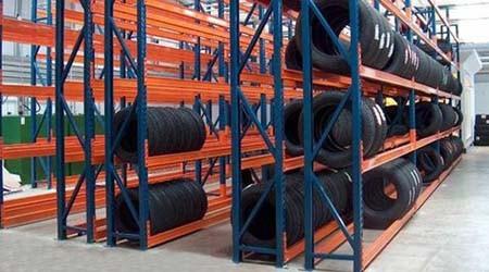 佛山轮胎货架订做起订量是多少?【易达货架】