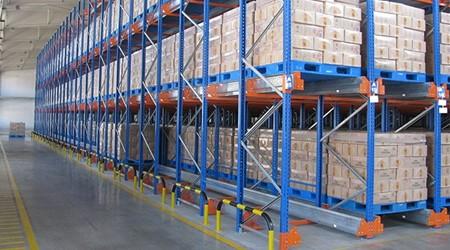 珠海穿梭式货架用于食品行业仓库的好处【易达货架】