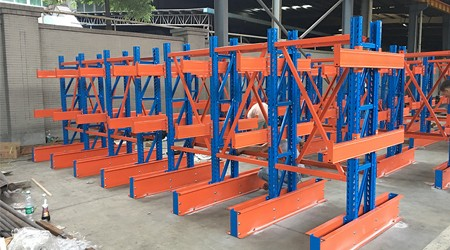 深圳重型仓库货架公司悬臂式货架的多种用法[易达货架]