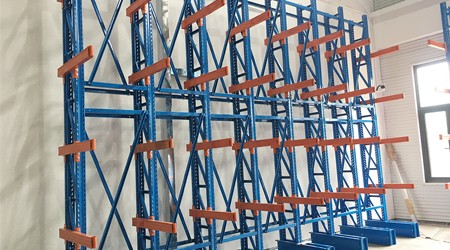 堆放铝合金型材的单面悬臂式型材货架【易达货架】