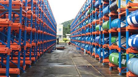 化工行业用的广州仓储货架有这些-易达仓储货架