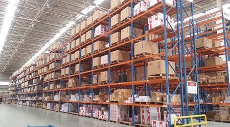 广州仓储高位货架之间的间距留多大才合适呢?