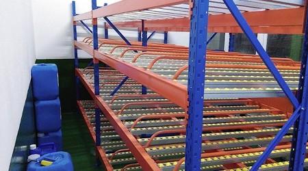 广州流利式仓储货架厂家产品质量如何?【易达货架】